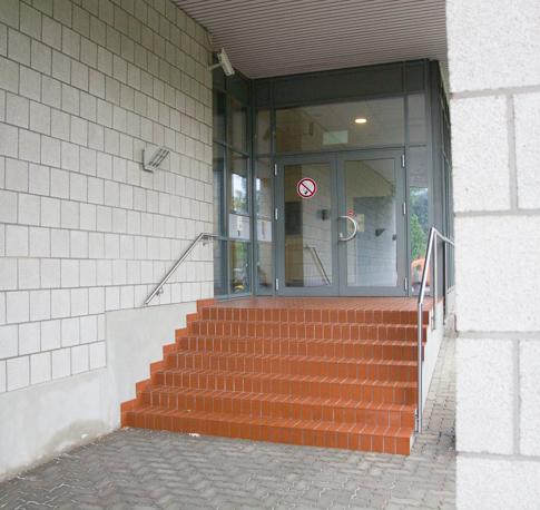 Sicheres Krankenhaus > Rettungswache > Eingang und Verkehrswege