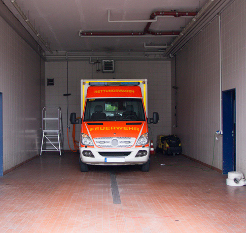Waschhalle und Fahrzeugdesinfektion